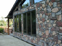 Fieldstone made with our moulds by homeowner do-it-yourselfer Bruce Mazzoni.